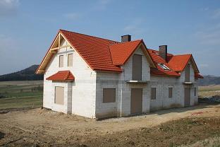 Dom na pięknie położonej działce