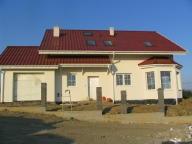 dom pod modrzewiem I