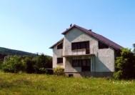 Dom pod górami